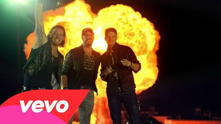 NEW VIDEO ALERT!! Florida Georgia Line - This Is How We Roll ft. Luke Bryan  #ThisIsHowWeRoll