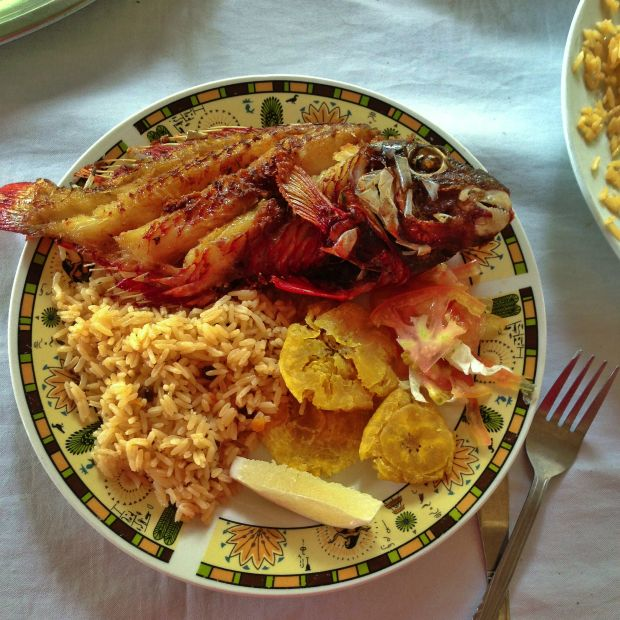 Fish Fry - Amazing Food and Travel Pics from the Dominican Republic