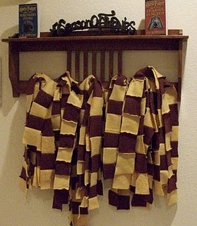 Harry Potter party - good quick idea for making scarves as take home gifts! (Also Dumbledores best Blowing gum, Lemon drops, Pumpkin pasties recipe, BB labels, awesome decor and more.