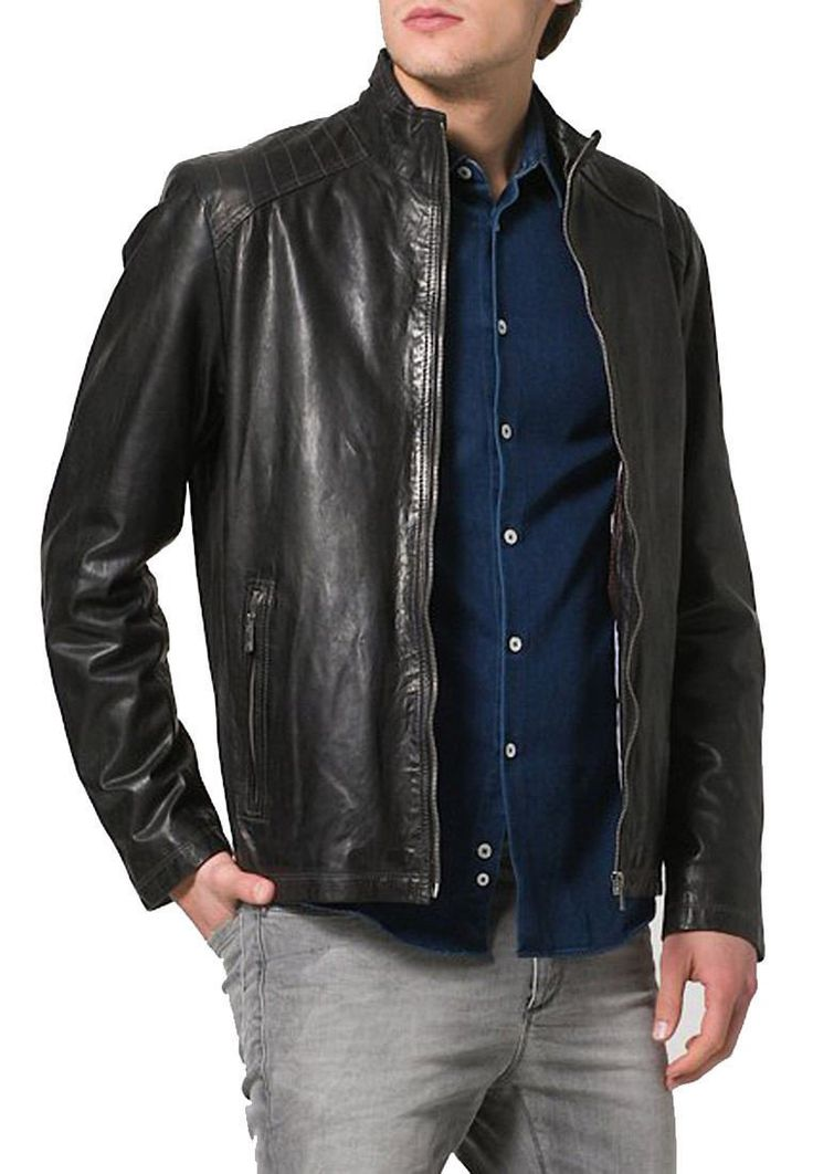 Mens Lambskin Leather Jacket--------------https://www.ryanlifestyle.com/collections/men-leather-jacket/products/rlblk522?variant=34885181774-----------------Price:149.99