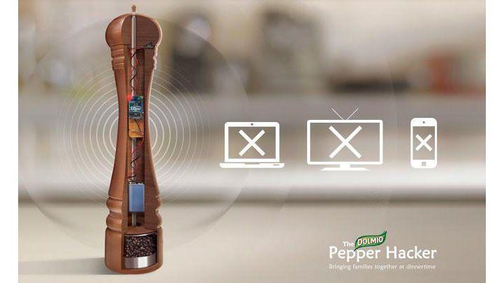 Dolmio Pepper Hacker: Pfeffermühle für eine Smartphone-freie Zone