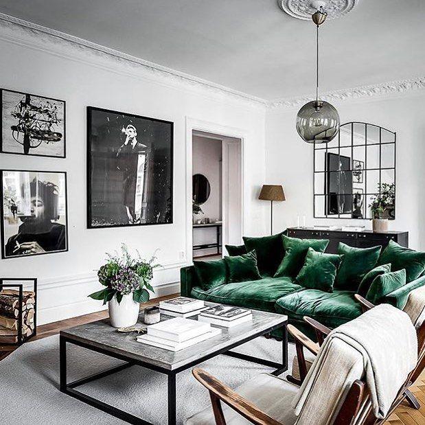Brigitte Poitras On Instagram En Toute Simplicite Sobre Et Elegant Somptueux Mais Sans Pretention J Deco Canape Vert Amenagement Maison Amenagement Salon