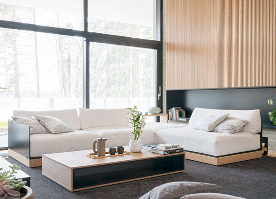 Iskusta kodin huonekalut ja sisustussuunnittelu. Palvelevat huonekalumyymälämme auttavat huonekalujen valinnassa ja kaikissa sisustamiseen liittyvissä asioissa.