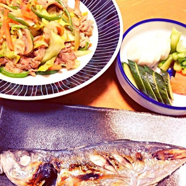 魚おいしい - 9件のもぐもぐ - 鯵の塩焼き 糠漬け 肉野菜炒め by ayaro1004