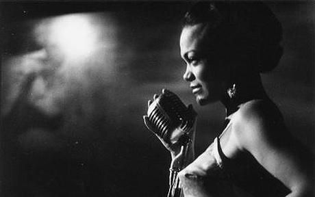On my list of life goals: become 1% as amazing as Eartha Kitt.  The divine Ms Kitt - a voice made for seduction