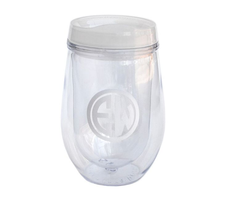 Tired of your wine spilling all over the place? This Vino Tumbler will be your new best friend every where you go. Plus, it helps maintain ideal temperature whether that be your cold sangria or hot co