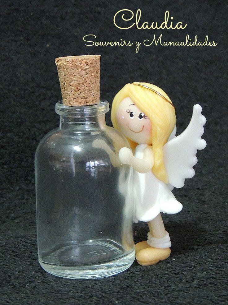 Comunión: botellita para agua bendita .-