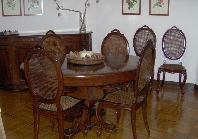 Oltre 25 fantastiche idee su mobili per sala da pranzo su - Tappeti per sala da pranzo ...