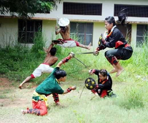 Thang-ta calls on Kalaripayattu - Kerala met Manipur on Friday over swords, style and the symphony of Kalaripayattu and Thang-ta, their respective martial art forms. Read more here: http://www.thehindu.com/news/cities/Thiruvananthapuram/article3665096.ece