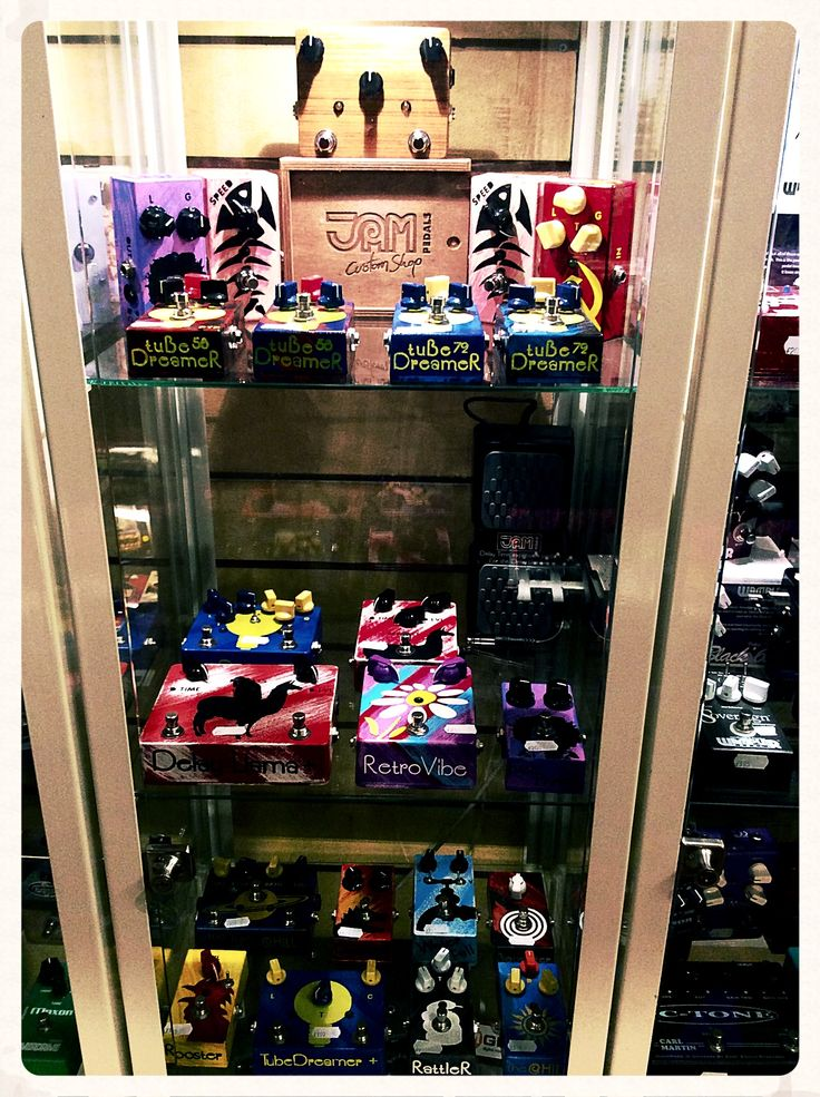 A great Sunday is on and you can visit Regend Sounds Guitar Store (Denmark street, London) from Monday to get your JAM pedals!!! http://regentsounds.com/  #jampedals  #regentsoundsguitarstore