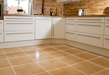 ISOMAT MULTIFILL SYSTEM: The kitchen's tile grout is being exposed to water, water vapors, salts, food leftovers etc. For this reason, the grout to be used on the floor and at the walls, should have the necessary resistance to frequent cleaning while giving the desired aesthetic effect.