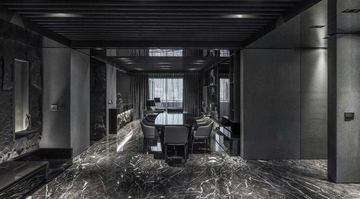 See more @ http://diningandlivingroom.com/black-dining-rooms-delight/