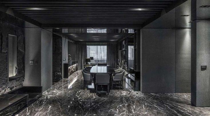See more @ http://diningandlivingroom.com/black-dining-rooms-delight/