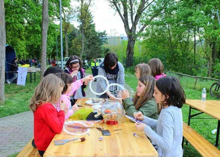 Bambini vettoriali ~ Best laboratori per bambini images artist glass