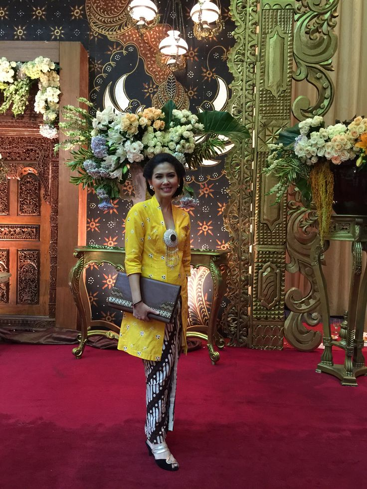 Yellow jumputan #kebaya inspire