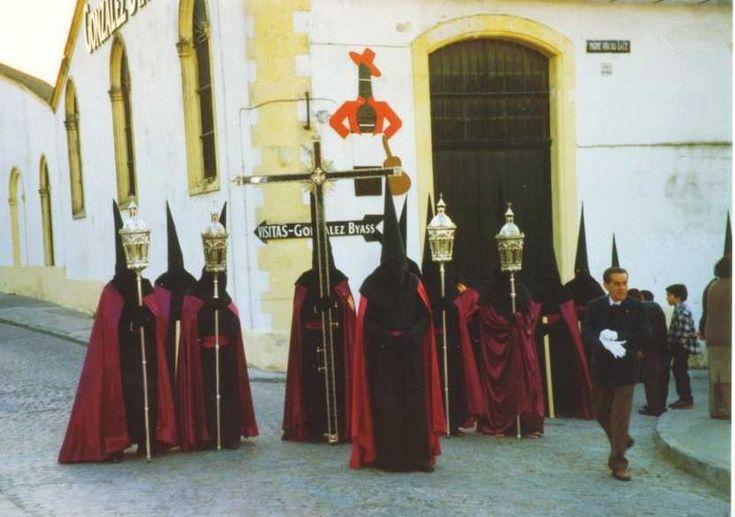 Nazarenos - Semana Santa en Andalucía - Wikipedia, la enciclopedia libre