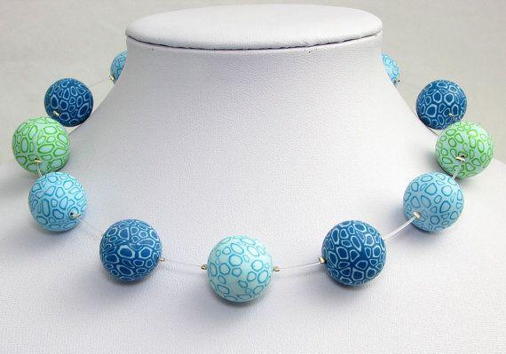 Wassertropfen handgefertigte Kette aus Polymer von polymerdesign, necklace, fimo, beads, arcilla, blue, waterdrops