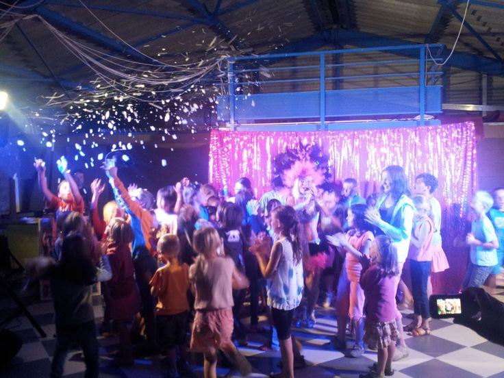 Soirée spectacle cabaret    http://www.camping-oleron-4vents.com/