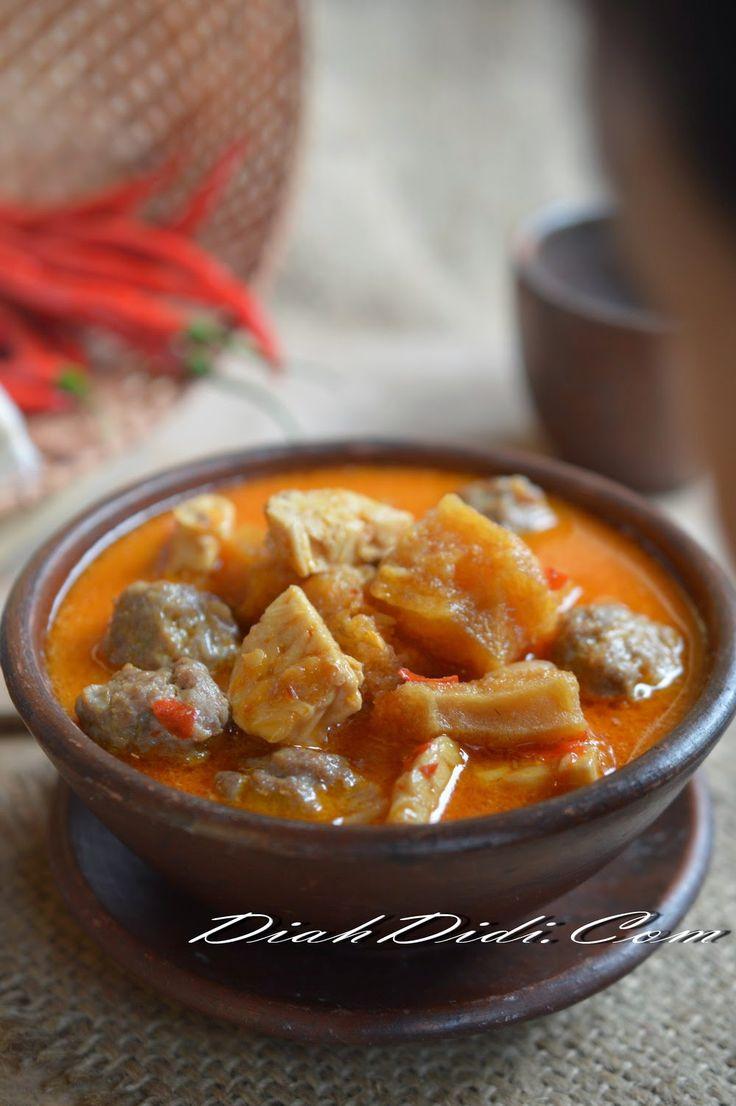 Diah Didi's Kitchen: Sambal Goreng Bola Daging, Tempe & Krecek