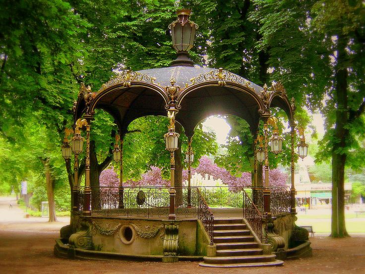 Bandstand at the Pepiniere Park, Nancy, France. www.steampunktendencies.com  FABULOUS :)