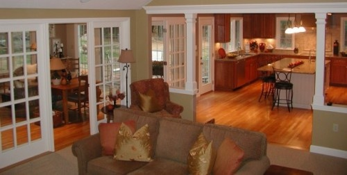 Like The Division Between Kitchen And Family Room Great