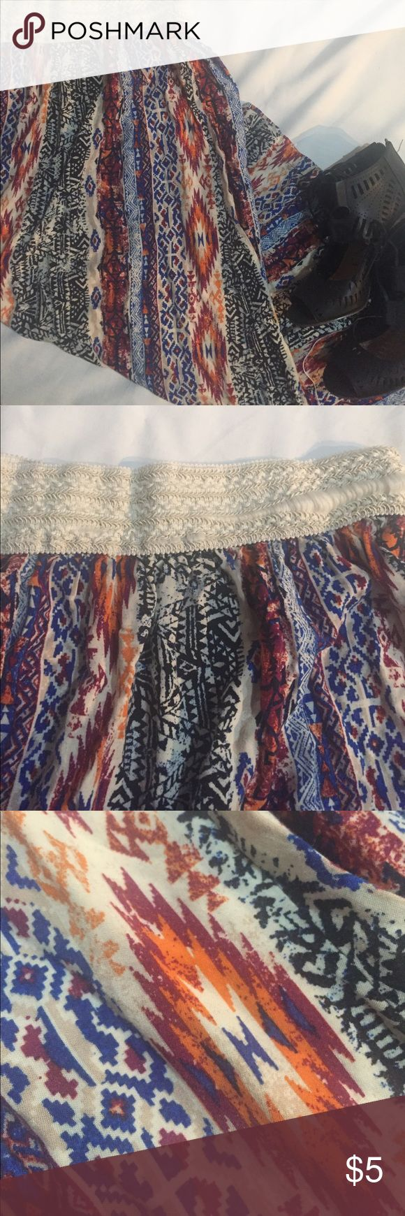 APII, 1X (fits like a S/M), multicolored maxi Fall-ish maxi tribal print skirt. Elastic waist. Few flaws such as waist is stretched (as pictured) and hem loosed in underside of skirt but does not effect looks of the skirt. APII Skirts Maxi