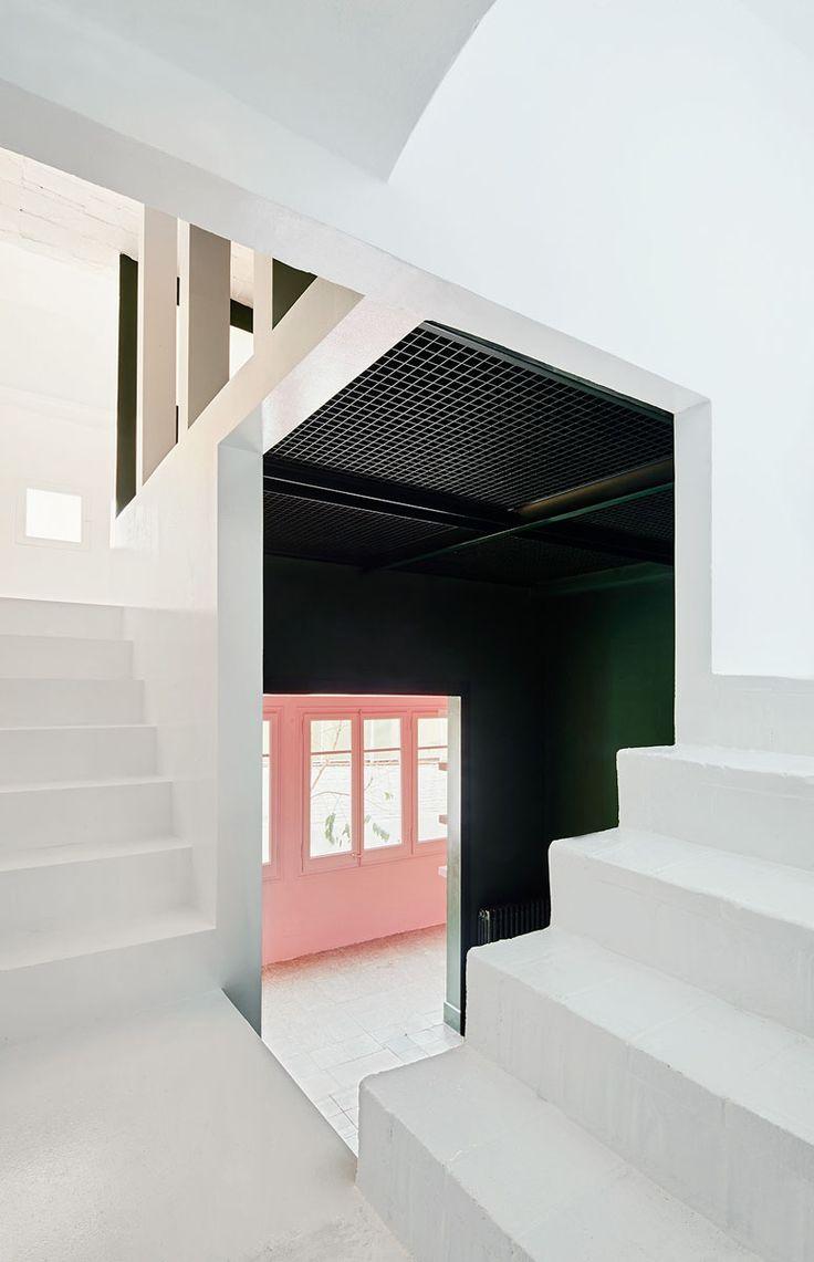 Maison du XXème siècle à Barcelone rénovée   Photo: © José Hevia