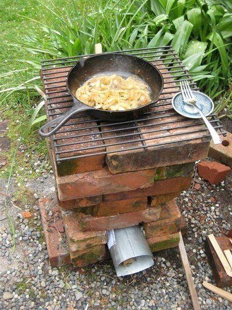 Идеи как с минимальными затратами сделать плиту для приготовления пищи на свежем воздухе.