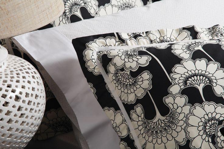 Japanese Floral Black