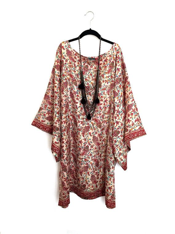 17 images about kaftans on pinterest kaftan kimonos for Caftan avec satin de chaise