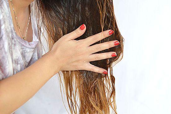 7 Manfaat Minyak Zaitun untuk Rambut dan Cara Pemakaiannya