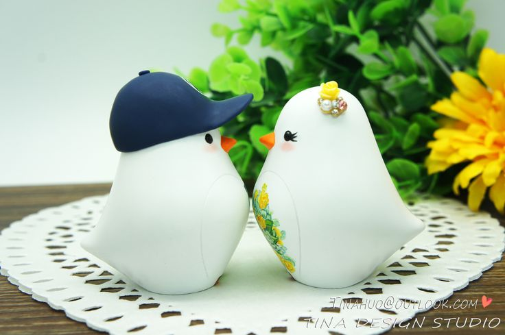 Custom Love Bird Wedding Cake Toppers Fall Theme-Bride And Groom Wedding Cake Topper With Penn State Hat