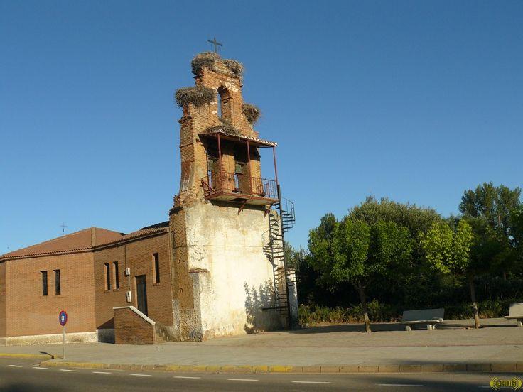 San Martín del Camino, León :: Albergues del Camino de Santiago