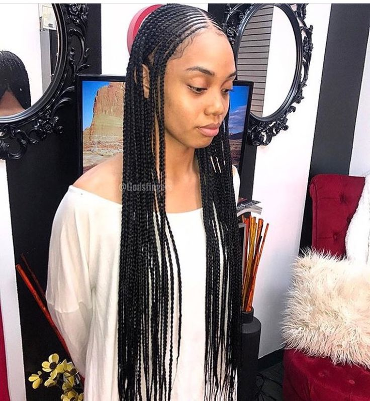 SummerThaGreat I would love to get braids like this, but see the way my taper is set up ☹️