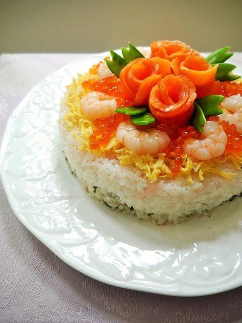3色のごはんでひなまつり仕様☆テーブル華やぐちらし寿司ケーキ♪