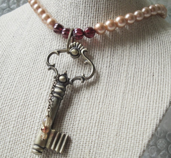 Glass Pearls Victorian Key Pendant Neckace by OceanaireDreamer, $26.00Victorian Keys, Pearls Victorian, Pendants Neckaces, Glasses Pearls, Keys Pendants, Handmade Jewellery, Etsy Finding