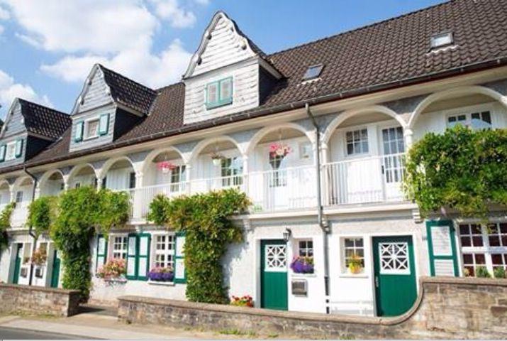 Cute houses in essen Margarethenhöhe
