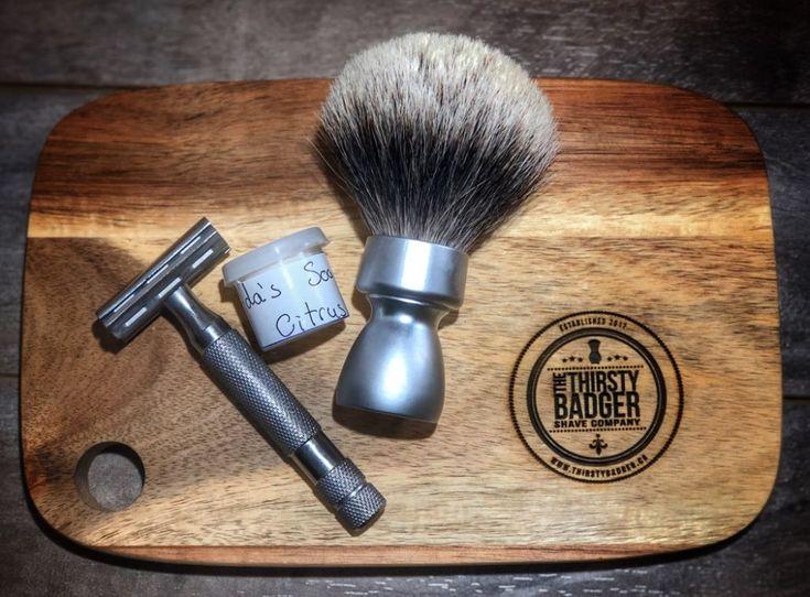 #SOTD #samplesaturday #wetshaving #shavelikegrandpa Razor: Rockwell 6c on 3 Brush: Yaqi Silvertip Badger Soap: Adas Soap Shop Citrus