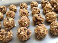 Vegan Energy Bites ~ A perfect Daniel Fast treat! Gluten-free, Sugar-free    www.creativekitchenadventures.com