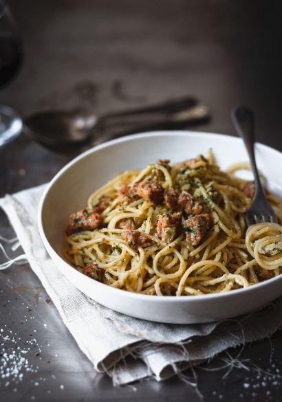 Pâtes au pesto à la crème & chair de saucisse - Recette | Trois fois par jour / Pesto and Sausage Pasta