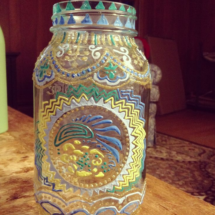 1000 images about mas n jars project on pinterest solar Painting old glass bottles