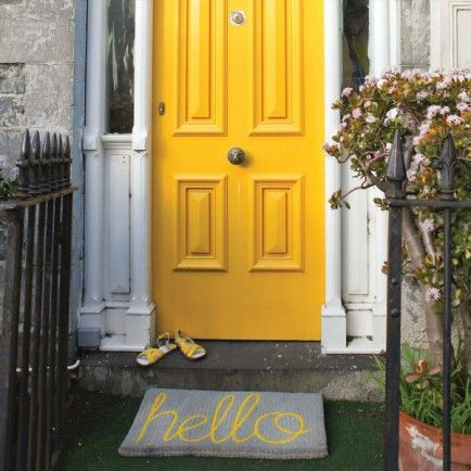 The cutest little door mat you ever did see! Grey & Yellow Hello Doormat