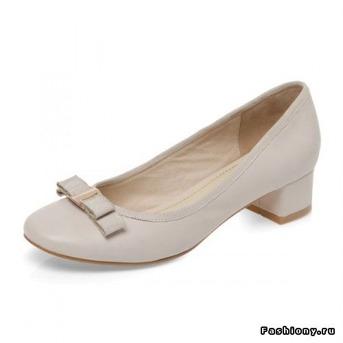 Красивая обувь на низком каблуке - миф или реальность? / красиво ли низкие каблуки