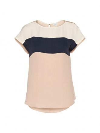 I am just as sick of seeing Aritzia clothes everywhere and on everyone. But one cannot deny that they have many truly beautiful (and painfully over-priced) items. This colour block blouse makes my heart race. It makes me think almost of Mad Men and the mod style. Me gusta mucho.