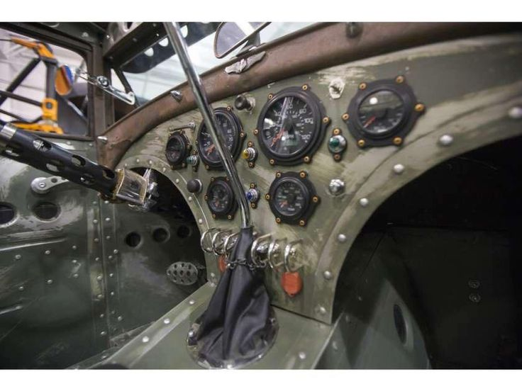 Aircraft inspired hotrod interior pic 1