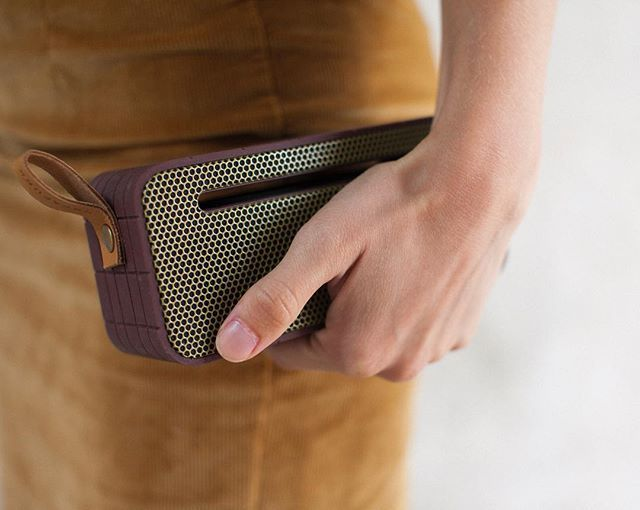 aMOVE from KREAFUNK is everything you need to bring along. The wireless bluetooth speaker provides you with music anywhere you want and the power to charge your smartphone or tablet. Photo credit: @shoclifestyle