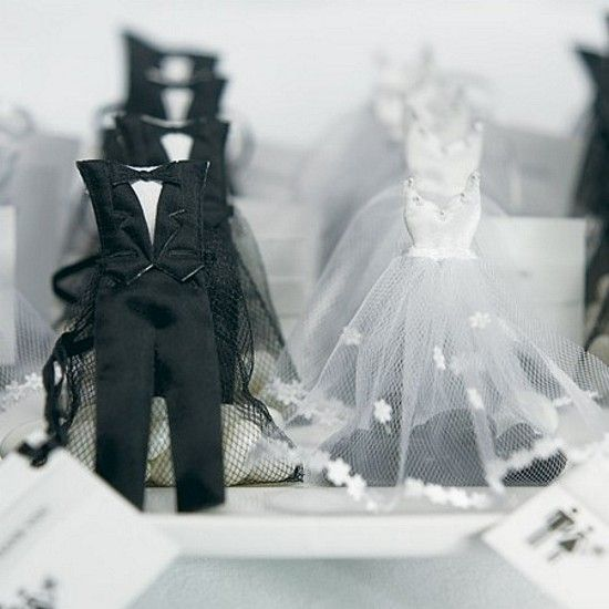 An adorable accent to bridal showers or black tie weddings, these bride and groom candy favor bags make an exceptional 'couple' when paired together on your guest tables.