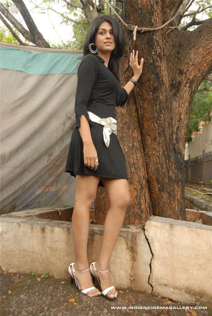 Shraddha-Das-2008-Stills-(63)