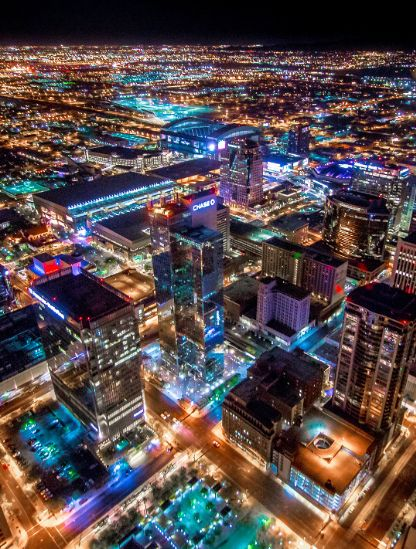 Why we should all be moving to Arizona's Valley of the Sun! Amazing shot of Phoenix at night.