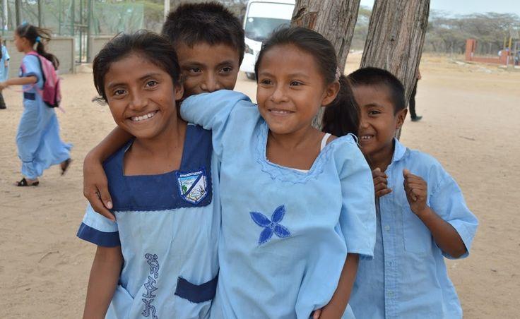 Uniguajira anota en equipo con las comunidades indígenas, el 'Goolazo de la Paz y la Convivencia' « La Noche del Arco Iris